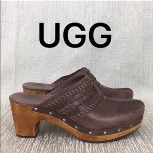 ⭐️ UGG LOVELY CLOGS 💯AUTHENTIC
